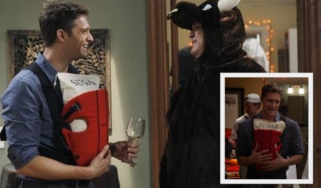 Steve, played by Colin Hanlon, dressed as a sugar Daddy on Modern Family