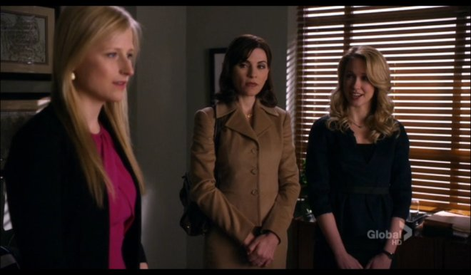 Guest stars Mammie Gummer and Anna Camp with Julianna Margulies