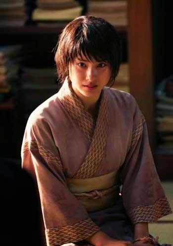 "Tao Tsuchiya as Makimachi Misao in ""Rurouni Kenshin: The Inferno"" (Photo courtesy of Warner Bros.)"