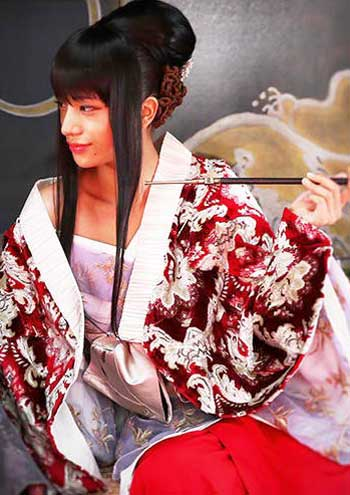"Maryjun Takahashi as Yumi Komagata as in ""Rurouni Kenshin: The Inferno"" (Photo courtesy of Warner Bros.)"