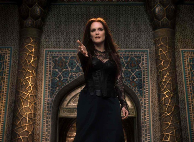 "Julianne Moore drinks babies' blood in ""Seventh Son."" (Photo courtesy of Universal Pictures)"